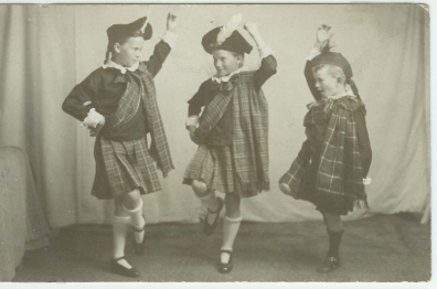 McDonald Children in Scottish dress.