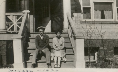 Keith with his older sister Vivian on the porch of the house in Spokane 1926
