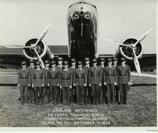 Graduation picture for 1936 Air Corp Technical Training School