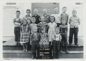 Mica Grade School in 1952